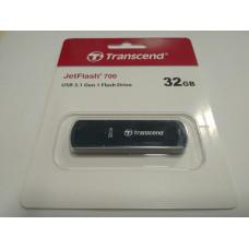Накопитель USB-флэш TRANSCEND JetFlash 700 (TS32GJF700) TRANSCEND 32 ГБ USB 3.1 Пластик Чёрный